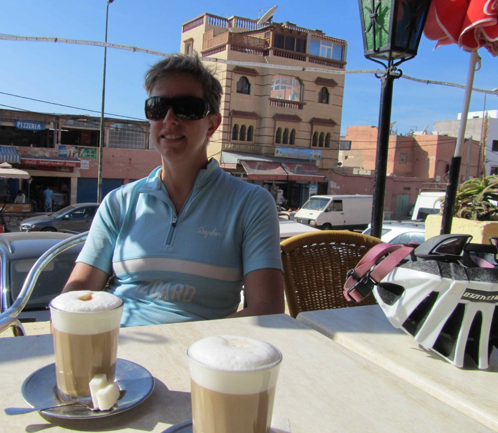 Coffee break after a ride, Taghazout