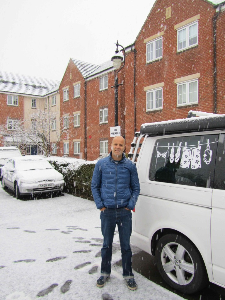 Leigh looking forward to the sun; in snowy Oxford