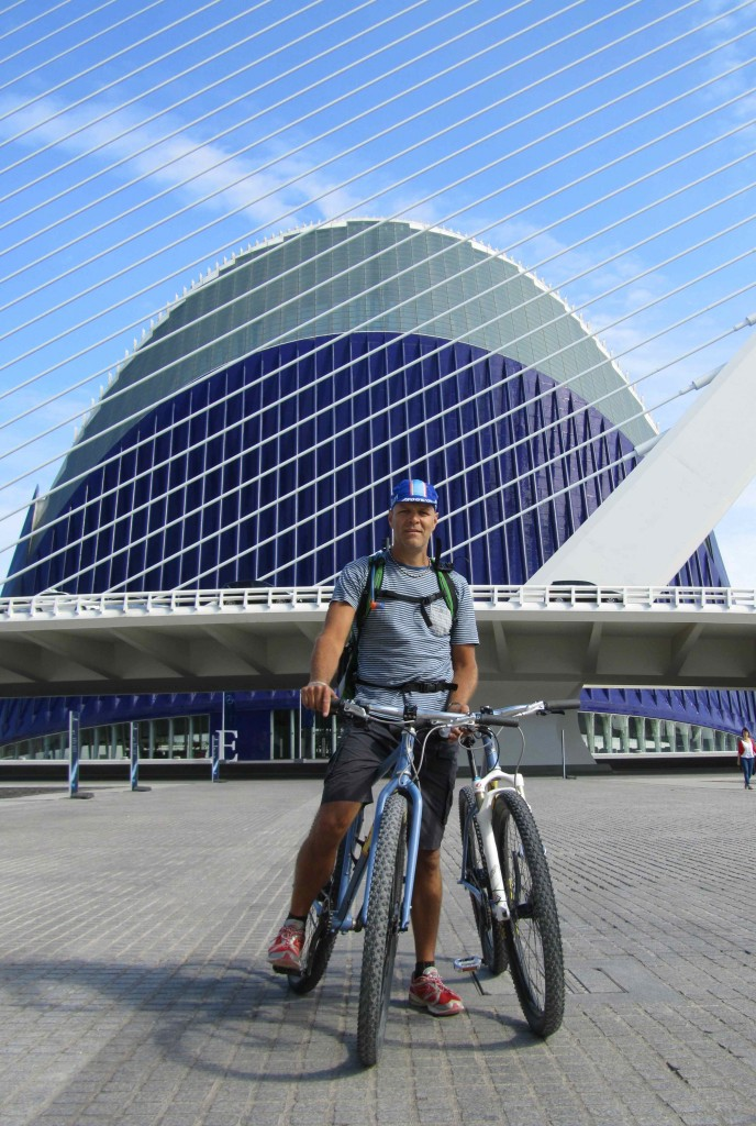 Leigh in front of the Oceanografic, part of Valencia's City of Arts & Sciences