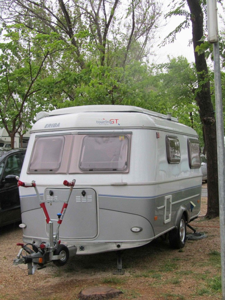Model  You Any Buying Tips For A Pop Up Caravan  SURVIVE FRANCE NETWORK