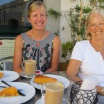 Contemplating sweet delights: cakes made to Convent recipes, Evora