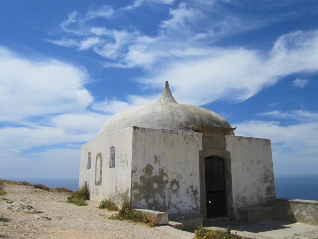Ermida da Memoria (Memory Chapel) from the 15th century, Cabo Espichel