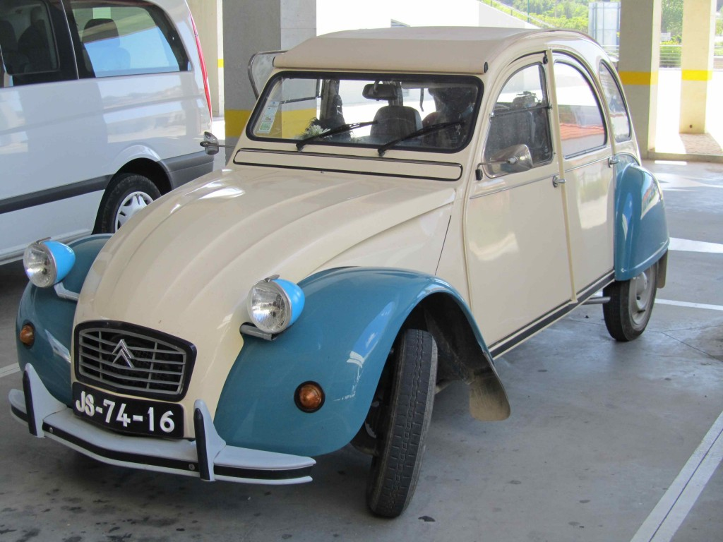 The Citroen 2CV we want to own, Aljezur