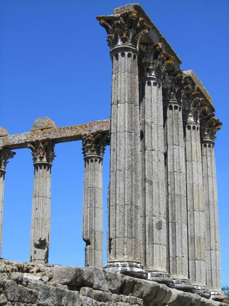 The Roman temple, Evora