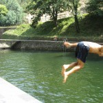 Having fun at the Praia Fluvial da Loucainha