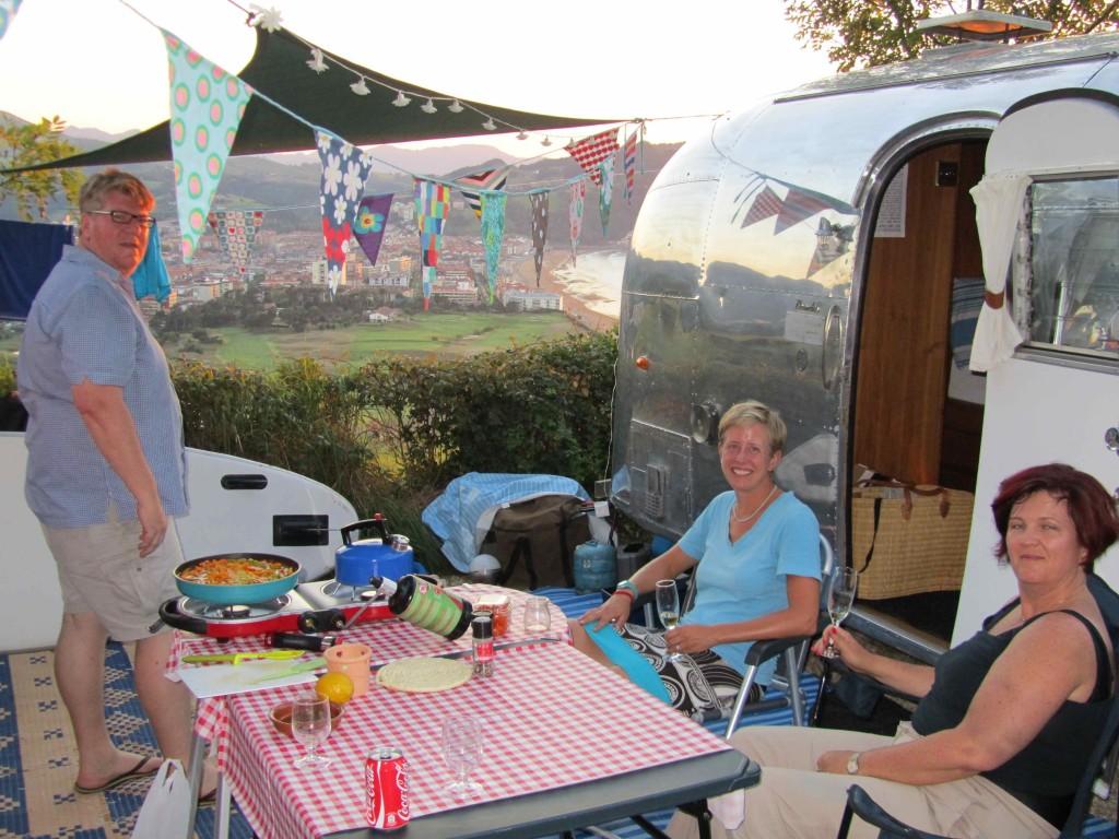 Waiting for dinner, Zarautz camp