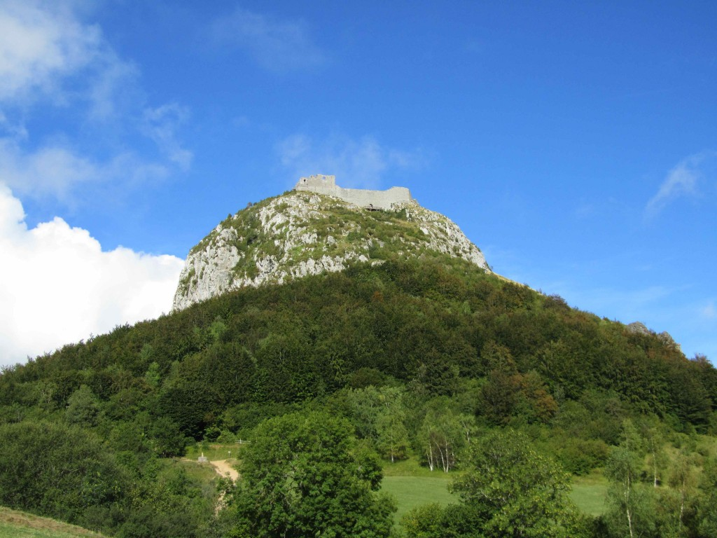 The fortress of Montsegur, perched on a rocky outcrop: the start of a long walk up!